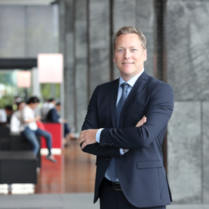 Stefan Woxstrom (SVP, Country President Japan at AstraZeneca K.K.)